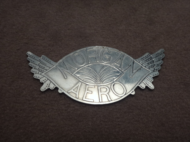 B0004	BADGE WINGS MORGAN AERO