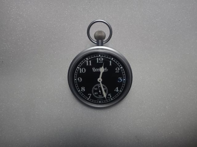 IR285HANHART DASH CLOCK MAT BLACK DIAL